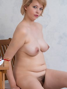 Blonde Galleries